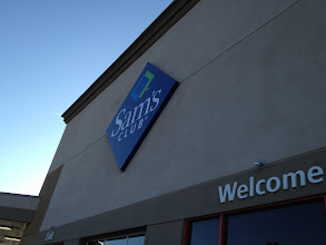 Photo: after a 30 minute drive from Costco we finally made it to Sam's club.