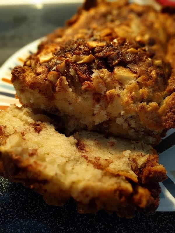 Cinnamon Swirl Apple Nut Bread Recipe