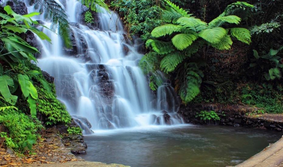 jembong waterfall sukasada