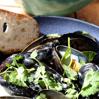 Green Curry Mussels.