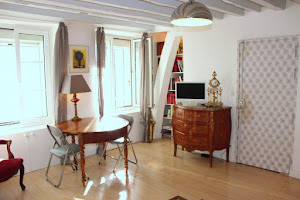 short stay st germain living area