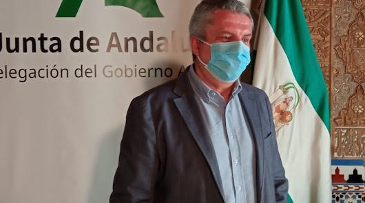 """Salud destaca que la curva en Almería ya está en una meseta """"descendente"""""""
