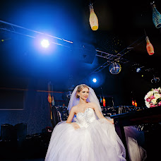 Wedding photographer Artem Sapega (Suriman). Photo of 14.08.2015
