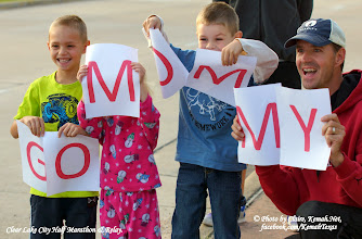 Photo: They were cheering Mommy on early this morning at the halfway point of the Clear Lake City Half Marathon & Relay.