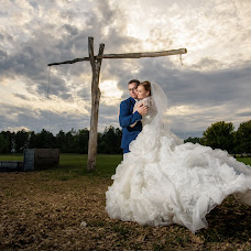 Hochzeitsfotograf Bence Pányoki (panyokibence). Foto vom 18.12.2017