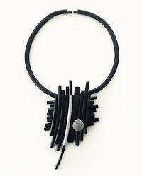 Halsband, BRN017