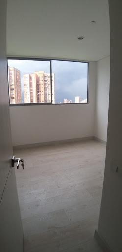 apartamento en arriendo el chocho 679-22951