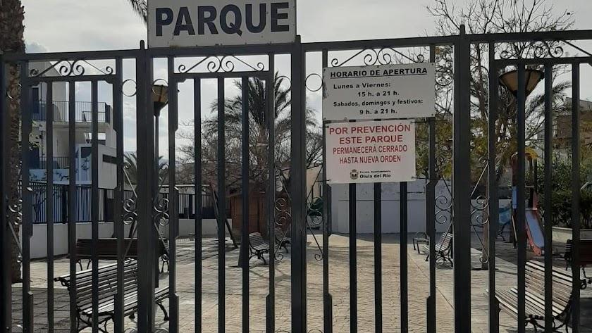 El Ayuntamiento de Olula del Río ofrece instalaciones municipales a los centros educativos de la localidad.