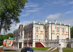 Photo: Peter the Great built Kadriorg Palace for a summer retreat.  I went there to hear a wonderful vocalist and pianist perform.