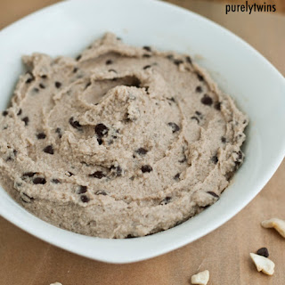 Quick 5 Minute Healthy Chocolate Chip Cookie Dough Dip #purelytalk.