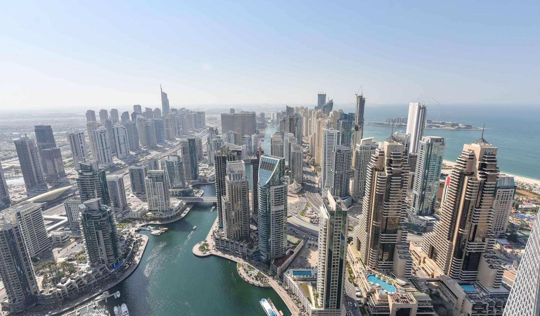 Appartement avec terrasse et piscine Dubaï