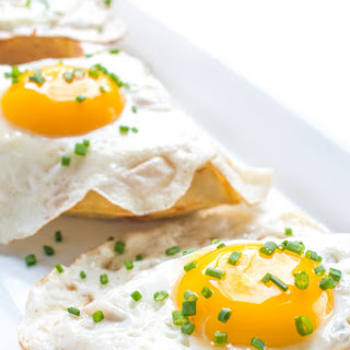 5-Ingredient Cheddar and Chive Waffles with a Fried Egg Recipe