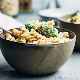 The Best Vegan Mac and Cheese (Oil-free, Healthy).