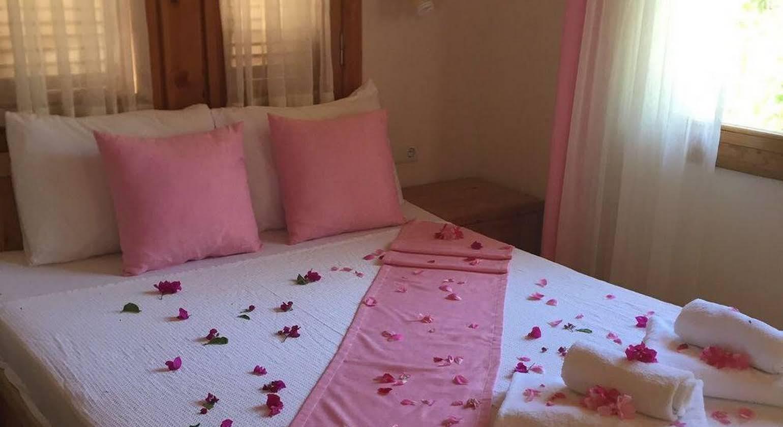 Sedir Palas Hotel