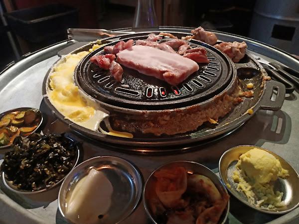 難得外出用餐,這間韓式烤肉真的不負眾望,服務人員服務好,也貼心,值得大推。