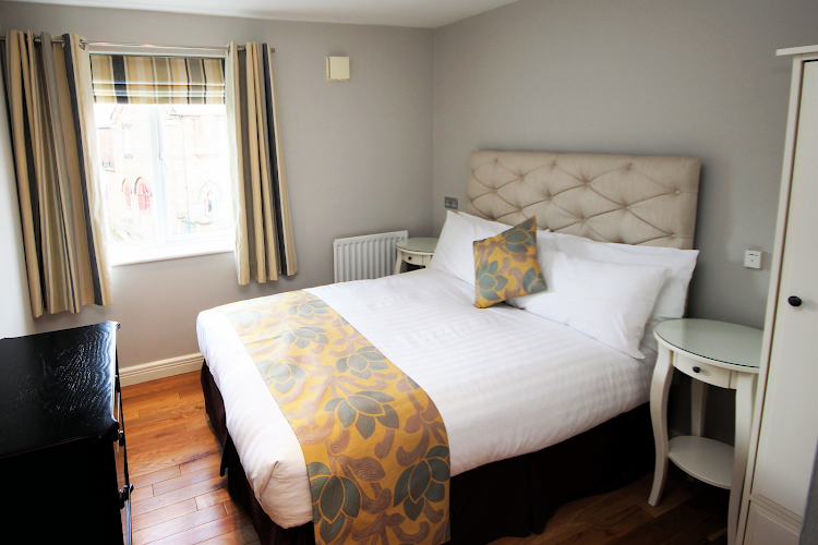 Luxury bedroom at High Quays PU
