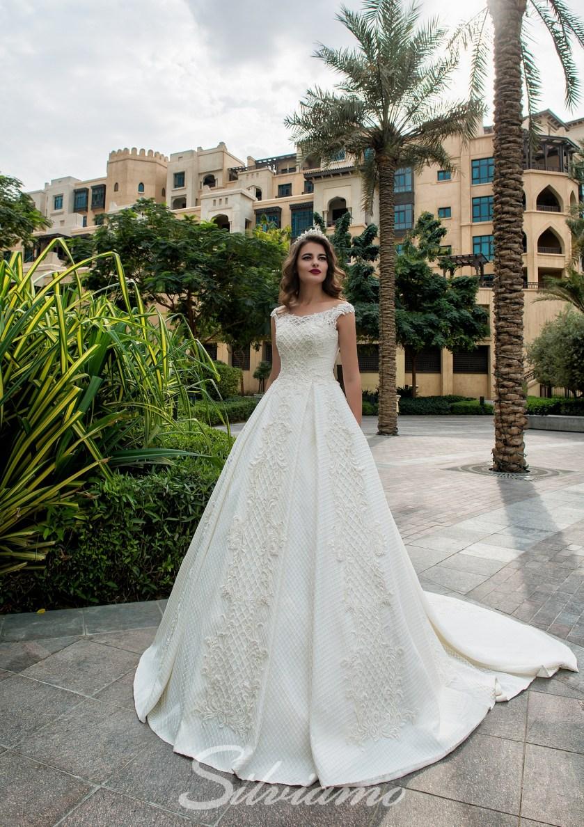 1e3762f8eedd72 Весільні сукні для зимового весілля