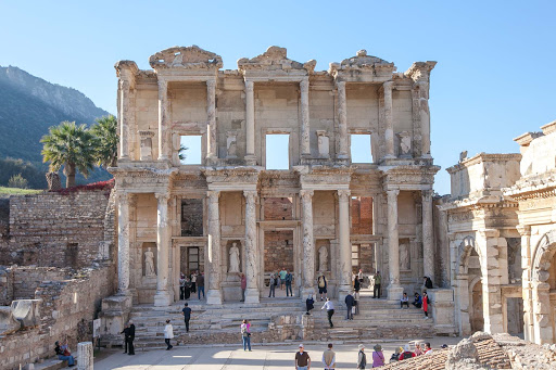 Library-of-Celsus-1.jpg - The Library of Celsus was built in 114-117 AD by Consul Gaius Julius Aquila to honor his father Celsus, a Roman senator.