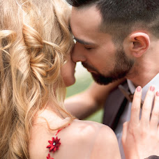 Wedding photographer Vadim Velikoivanenko (vphoto37). Photo of 30.10.2017