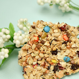 Homemade Trail Mix Granola Bars