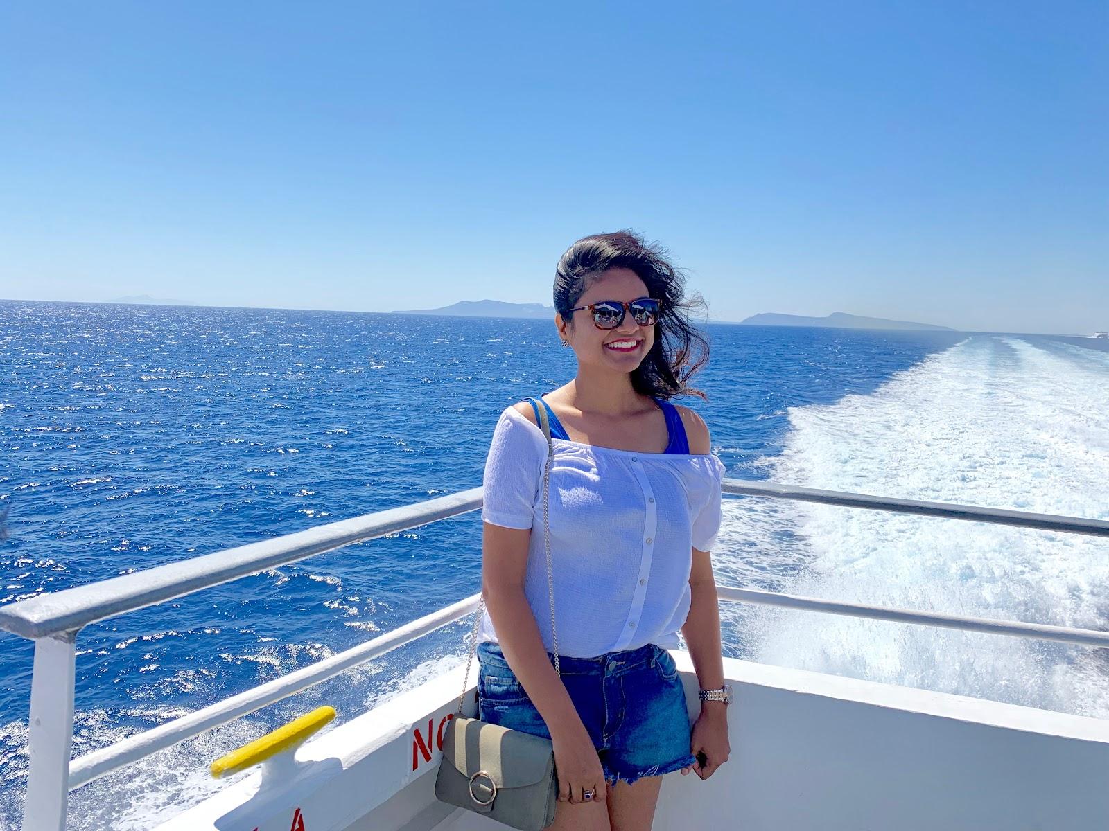 Ferry from Santorini to Paros