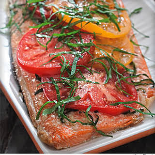 Grilled Salmon With Tomato and Basil.