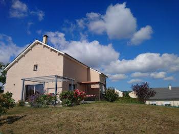 villa à Sauveterre-de-Rouergue (12)