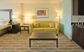 Holiday Inn Express and Suites Colorado Springs Central