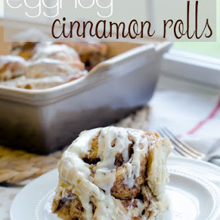 Egg-Nog Cinnamon Rolls. Yes, I Went There. {bread machine recipe}.