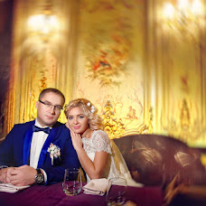 Wedding photographer Yuliya Zbronskaya (zbronskaya). Photo of 16.12.2015