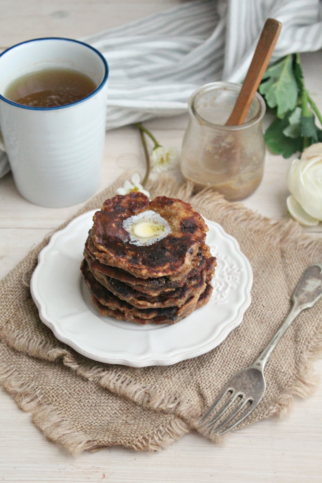 Chocolate Chunk Maca Banana Bread Pancakes - the perfect healthy vegan breakfast treat!