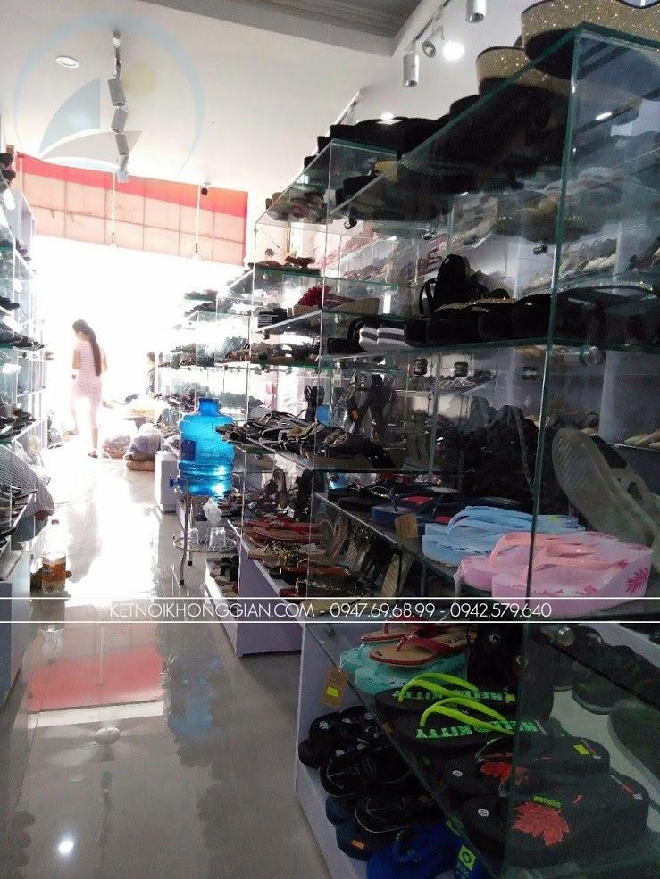 thiết kế thi công nội thất shop giày dép thời trang 9