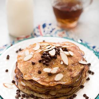 3 Ingredient Grain-Free Pancakes {Paleo}