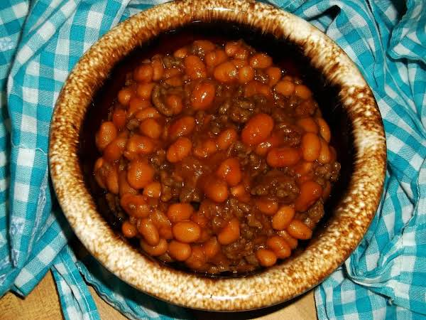 Country-style Beefy Baked Beans Recipe