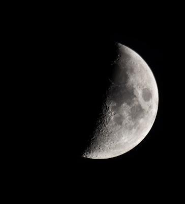 Moon di RussoLudovicoFrancesco