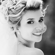Wedding photographer Olga Kuzmina (Kuzmina). Photo of 23.12.2017