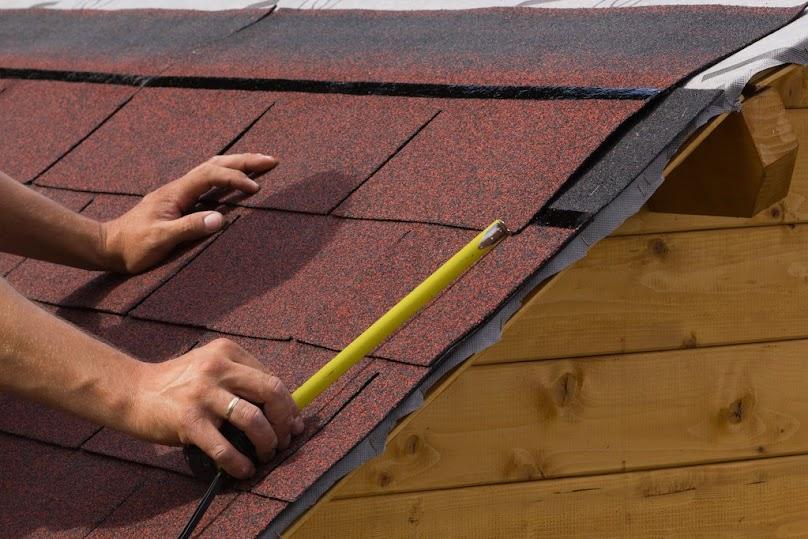 Budowa dachu - tanie poszycie i pokrycie