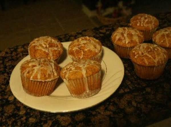 Jumbo Pumkin Muffins With Cream Cheese Icing