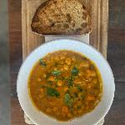 Sweet Potatoes & Chickpeas Curry