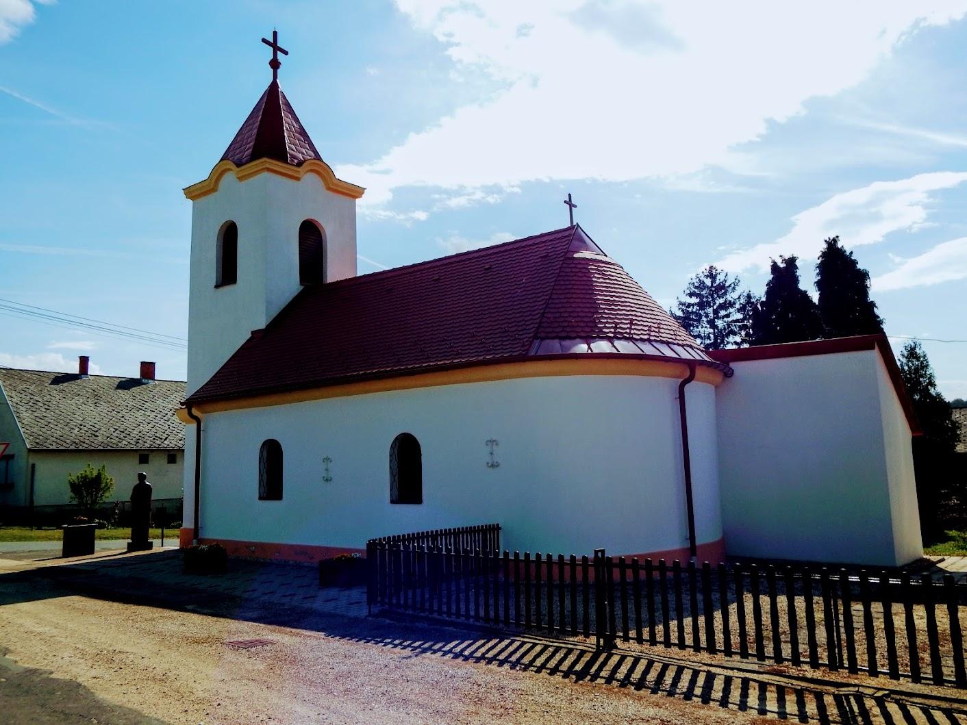 Telekes - Szentháromság rk. templom