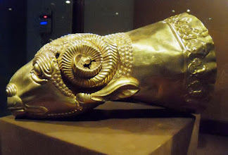 Photo: Gold Rhyton in the shape of a ram's head, Median, 7th-6th century BC