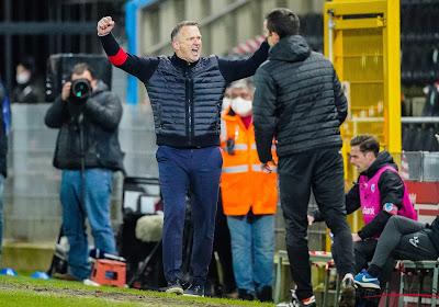 """Opluchting was groot bij Van den Brom: """"Maar ik heb nooit enorme druk vanuit de club gevoeld"""""""