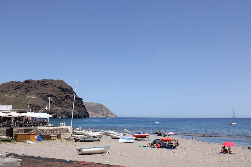 Núcleo urbano y playa de Las Negras.