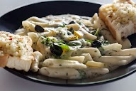 Laarousse The Food Encyclopedia photo 4