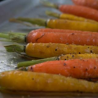 Roasted Carrots with Harissa Yogurt