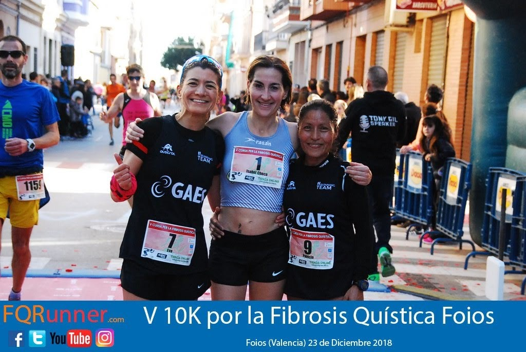 Podium femenino 10K Foios