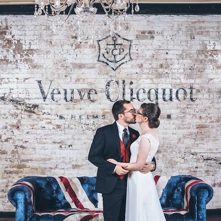 Wedding photographer Victoria de Martigny (demartigny). Photo of 07.10.2015