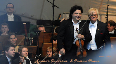 Photo: Sandor Javorkai & Justus Franz