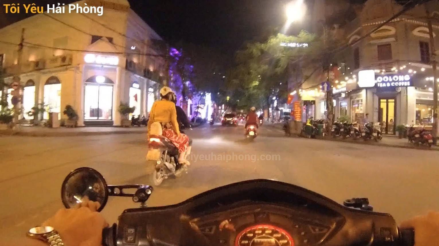 Buổi tối dạo phố Hoàng Văn Thụ ở Hải Phòng