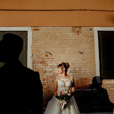 Wedding photographer Dorin Katrinesku (IDBrothers). Photo of 19.10.2017